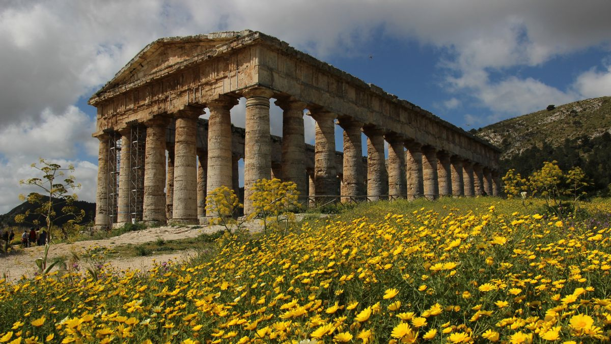 corporate event in sicily italy - visit of archaeological sites